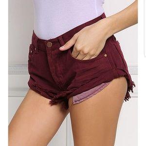 Frayed Hem Bandit Style Cuffed Shorts Burgundy